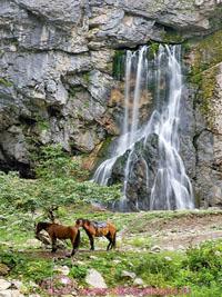 geg_waterfall_s_3